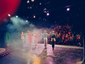 Theaterfest Applaus hinten